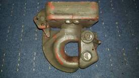 Ex military tow hitch