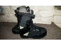 Vans Encore women snowboard boots UK 4 with boa system