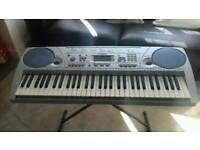 YAMAHA PSR275 FULL SIZE KEYBOARD