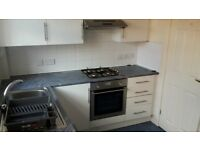 Fully refurbished 2 bedroom house. *NO AGENCY FEES*