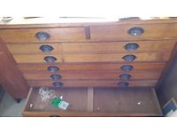 Plan Chest with 6 A1 or larger draws and 2 smaller A2 drawers for storing art materials at the top.