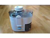 KENWOOD JE500 JUICER - UNUSED.
