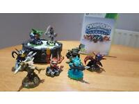 Skylanders: Spyro's Adventure: comes with portal, disc and 8 characters for Xbox 360