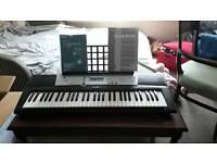 Yamaha digital keyboard ypt 200