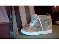 LOUBOUTIN HIGH TOP TRAINERS - SIZE 6 (39)