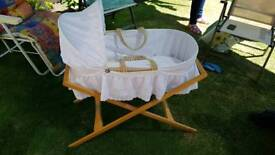 Moses basket with mama's & Pappas stand