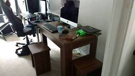 Good condition Dining room table / desk