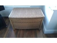 blanket box in wicker, medium size, in good condition