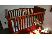 Gorgeous sleigh cot bed