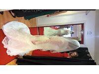 NEW Lace Wedding Dress Size 10, never worn