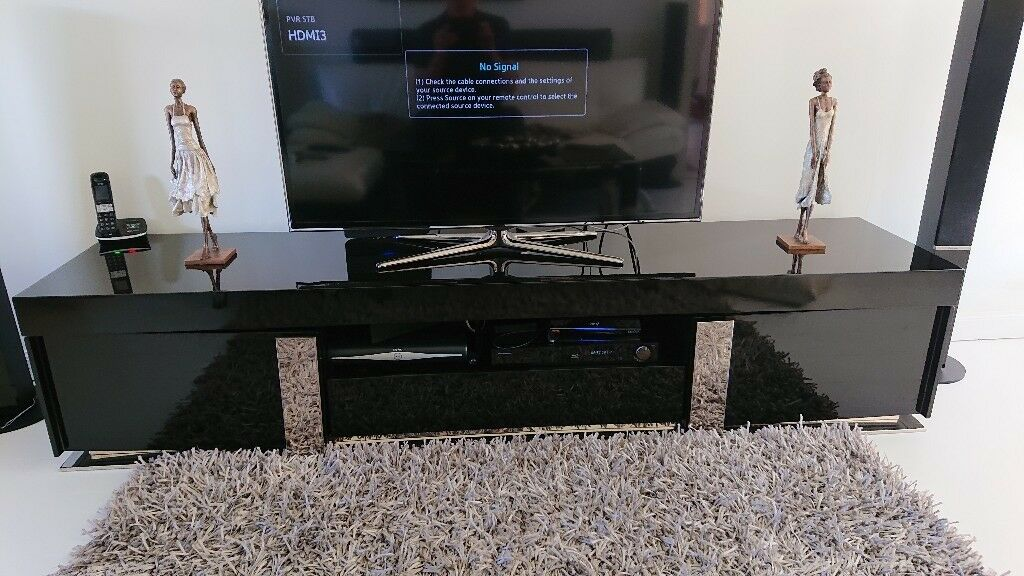 Black Gloss TV Unit with chrome detail COST £600 NOW £40
