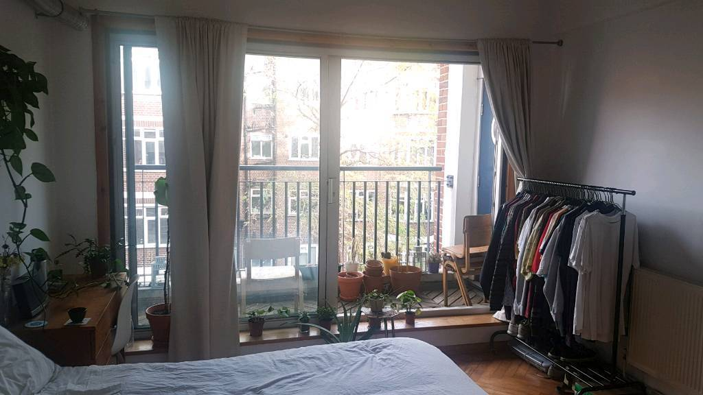 DOUBLE ROOM AVAILABLE IN 3 BEDROOM/2 BATHROOM FLAT IN HACKNEY E9