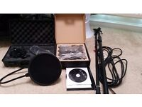 Mxl 770 M-Audio Fastrack With Pop Filtre And Mic Stand