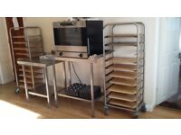 Cooling rack stainless still with wheels