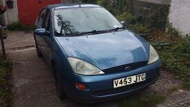 Ford Focus / hatchback LX 1.6 Blue