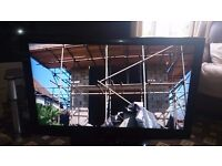 """LG 42"""" LCD TV FREEVIEW/PIANO BLACK/SLIM DESIGN/100HZ/XD ENGINE EXCELLENT COND. NO OFFER"""