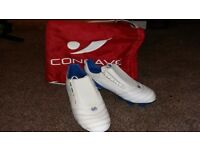 8.5 Concave White and Blue football boots