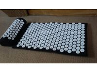 'Bed of Nails' type copy...acupressure mat and pillow