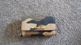 Michael kors iphone cover/card wallet