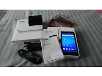 SONY XPERIA Z3 COMPACT, 16GB, 20.7MP CAMERA, BLACK - Excellent condition, loads of extras