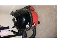 Henry hoover like new with accessories and the latest aero brush