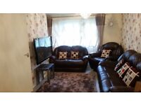 2 big bedroom ground floor flat to 3/4 bedroom house, cash offered for the right property