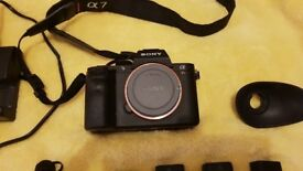 Sony Alpha A7RII 42MP + 4 batteries (low shutter count)