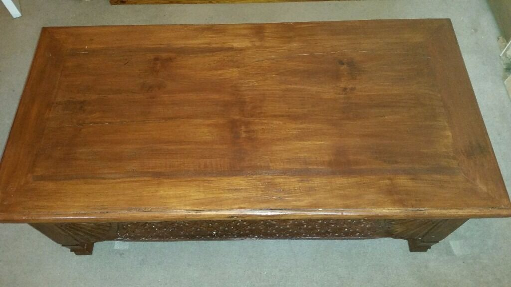Solid wood coffee table. Dimensions lenght-118cm wide-60cm height- 47cm. Good condition