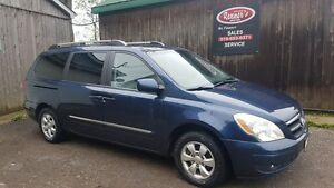 2007 Hyundai Entourage GLS, Power Doors, LOW KMS, CERTIFIED, NO