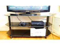 Sony Playstation 3 (PS3) with one controller (boxed) HDMI cable included
