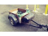 BOX TRAILER WITH LIGHTS 45INCH BY 32 INCH BOX