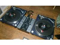 Stanton st.150 turntables and pioneer djm 250 2 channel mixer plus extra needles