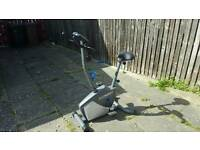 Roger black Exercise bike perfect condition