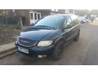 Chrysler Voyager 2004 petrol bi Fuel Gas Lpg, 2.4 ltr black, spares or repairs MPV
