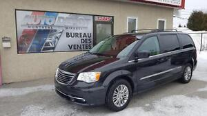 2016 Chrysler Town & Country Touring CUIR