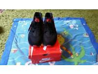 Mens Nike Huarache size 8.5