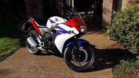 Honda cbr 125 2012 verry good conditon legal learner Honda full service done sep, MOT till sept 2017