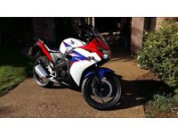 Honda cbr 125 2012 verry good conditon legal learner Honda full service done sep, MOT till sept 2017