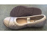 Girls Clarks party shoes 10F never worn