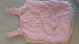 Cute and warm Baby Girls Snowsuits and Cozy Feet