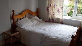 Furnished dobleroom in shared house