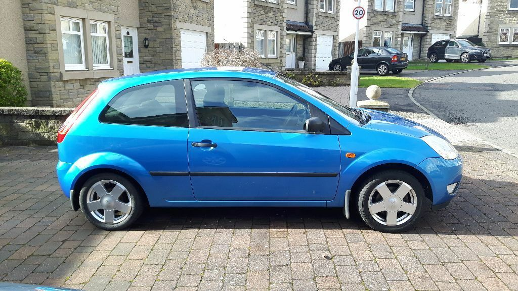 ford fiesta 2004 1 4 zetec metallic blue in glenrothes fife gumtree. Black Bedroom Furniture Sets. Home Design Ideas