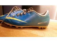 Uk2 football boots