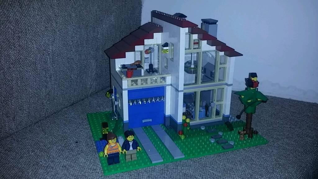 Lego Creator 31012 Family House 99 Complete In Salisbury