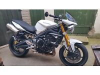 Triumph street triple 675cc 58 Plate Very low mileage