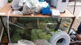 Large fish tank 5ft x 3ft x 2ft all equipment