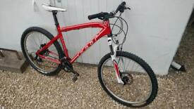 Felt q620 mountain bike