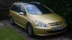 Peugeot estate car