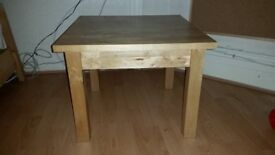 Solid Wood Coffee Table Sturdy hard Wood 23 x 23 x 18 inches