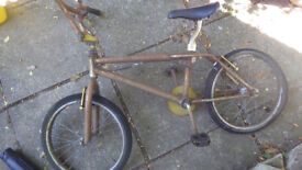 BMX Bike, 20 inch Wheels, Chrome Frame, V-Brakes, Needs chain and general attention, Bicycle